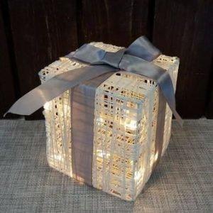 Koristevalo Led-Lahjapaketti Rusetilla Crystal Decors