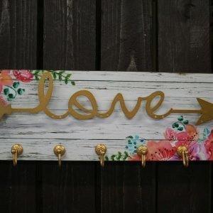 Seinänaulakko Love 2