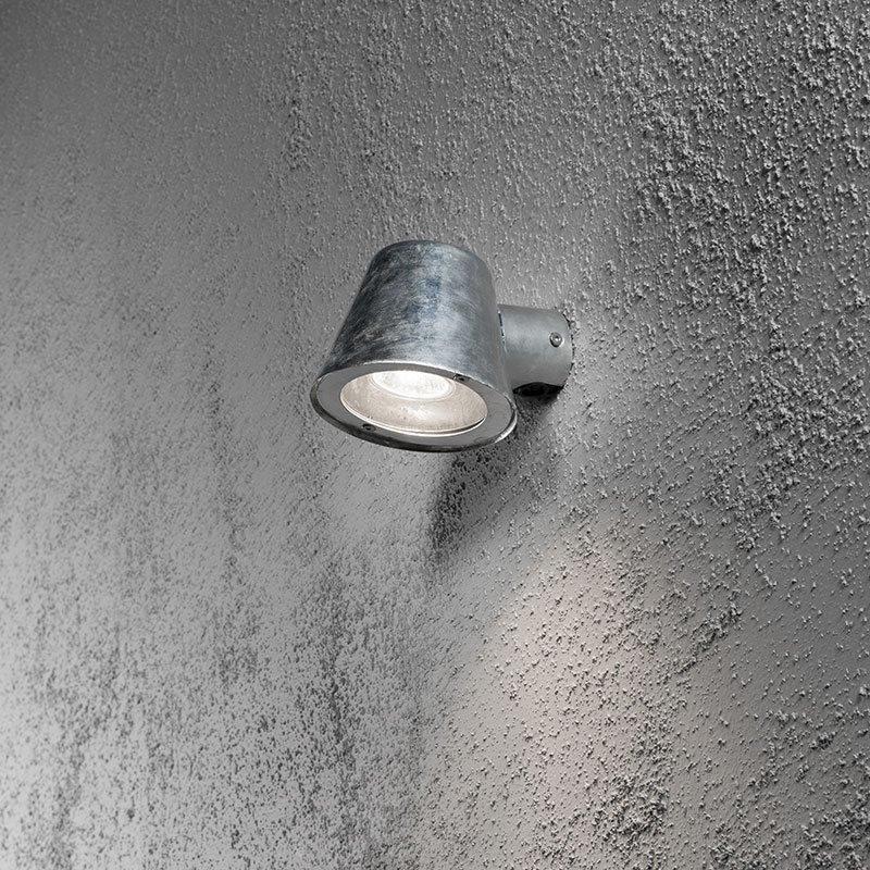 Trieste-seinävalaisin Konstsmide Metallinen