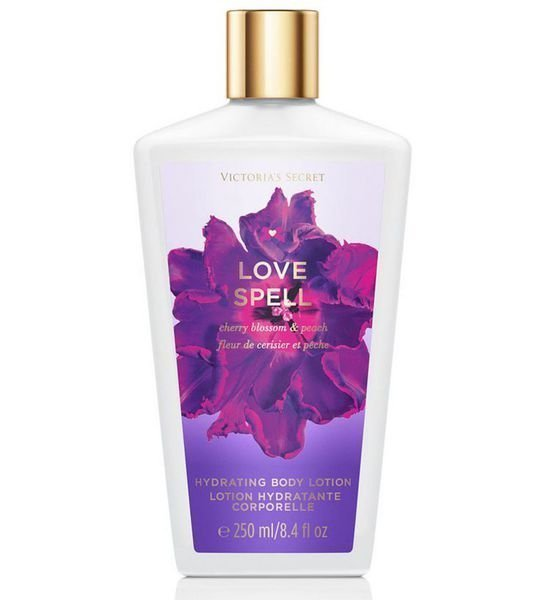 Victoria's Secret Fantasies Love Spell Hydrating Body Lotion 250 Ml Vartalovoide