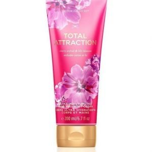Victoria's Secret Fantasies Total Attraction Ultra-Moisturizing Hand And Body Cream 200 Ml Käsi- Ja Vartalovoide
